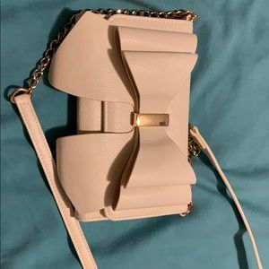 White Crossbody Bag with Bow detail